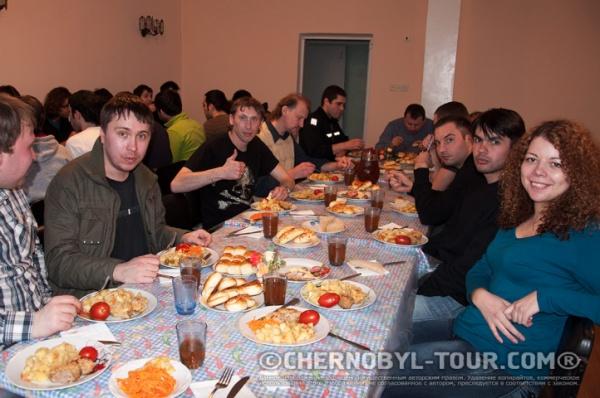 Ужин в столовой в Чернобыле
